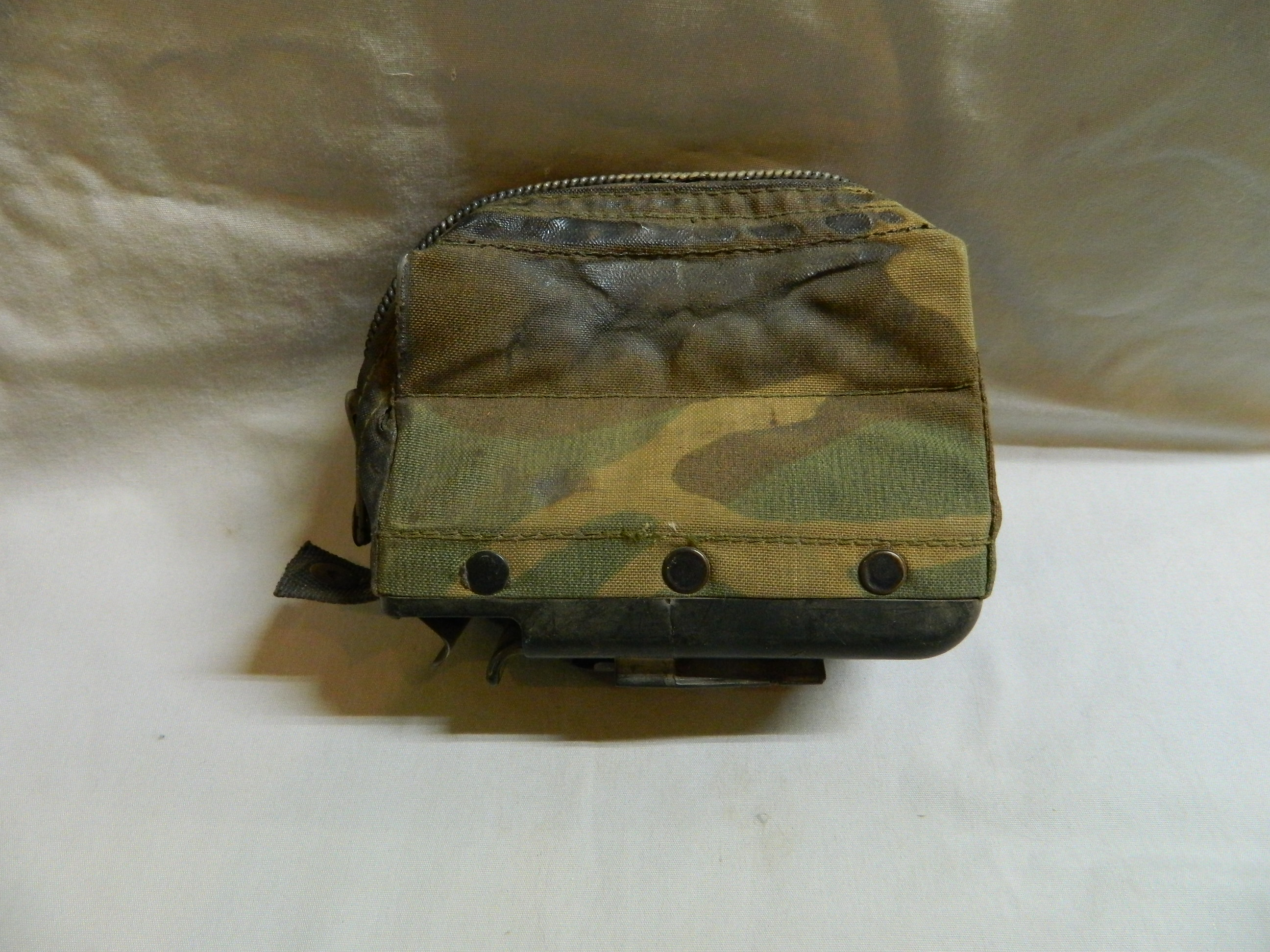 "M249 "" Nut Sack""- 100 Rd. Pouch- Camo- Used"