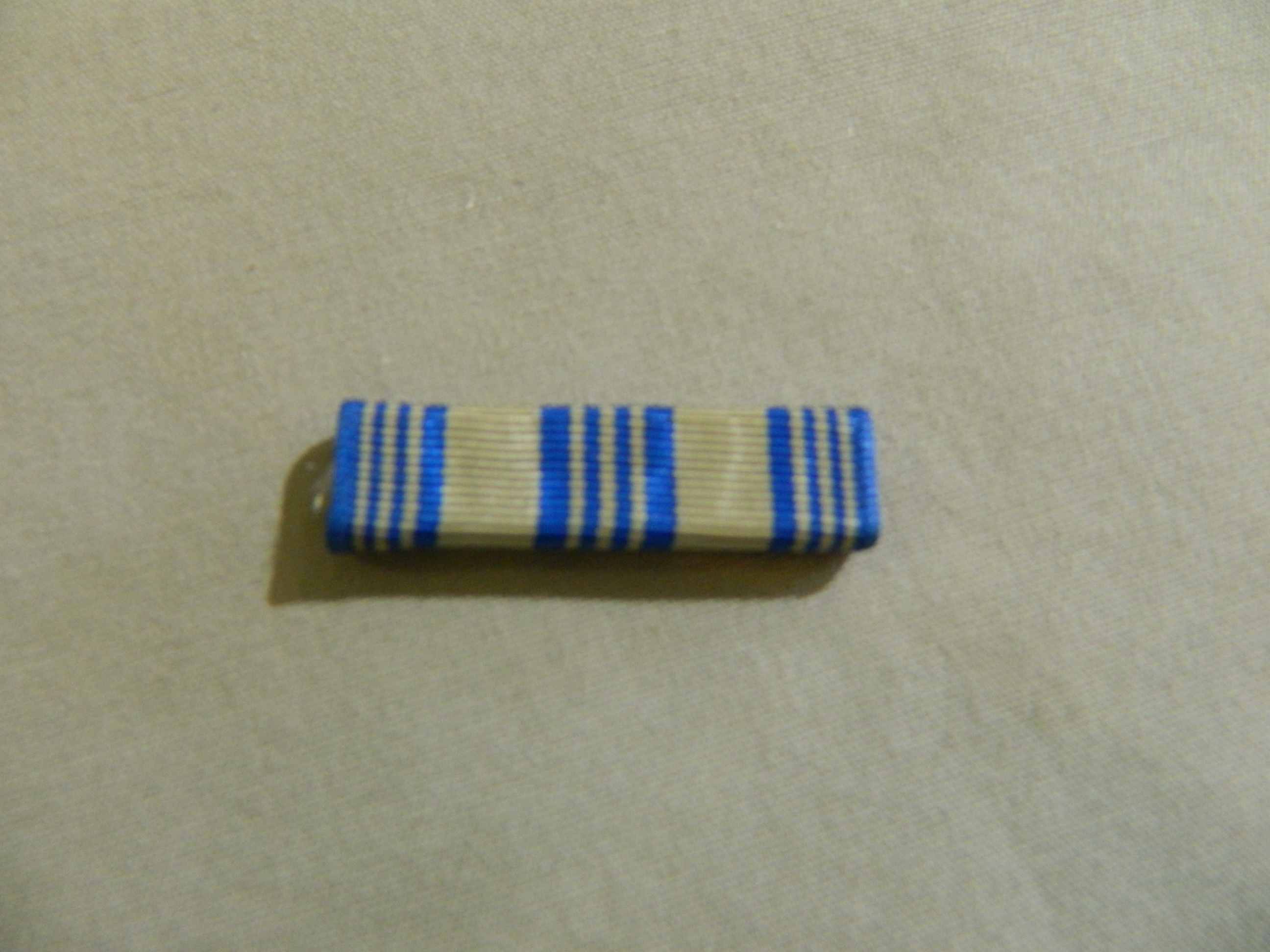 Ribbon: Air Force Achievement Medal