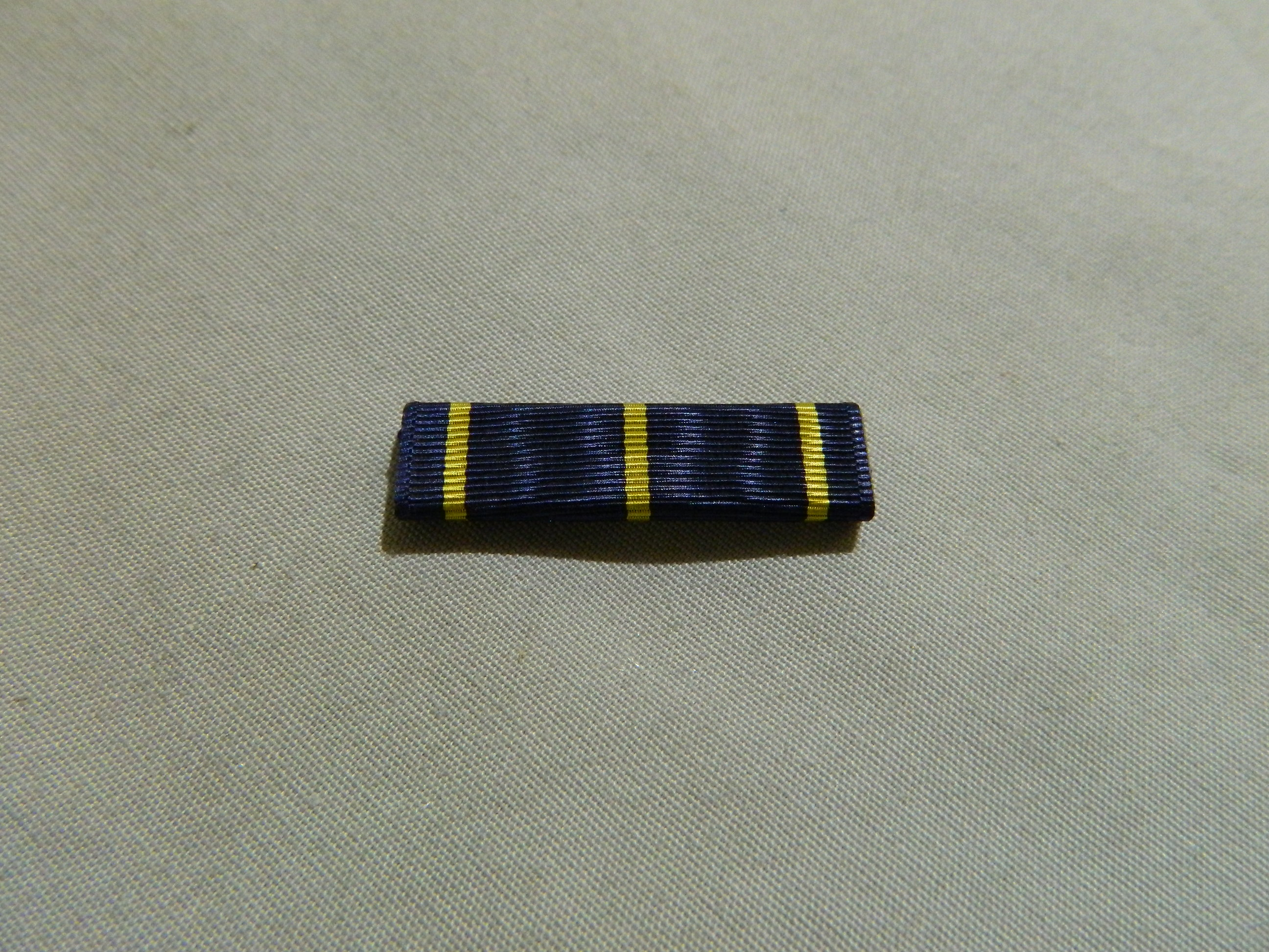 Ribbon: Navy Dist. Marksmanship Badge