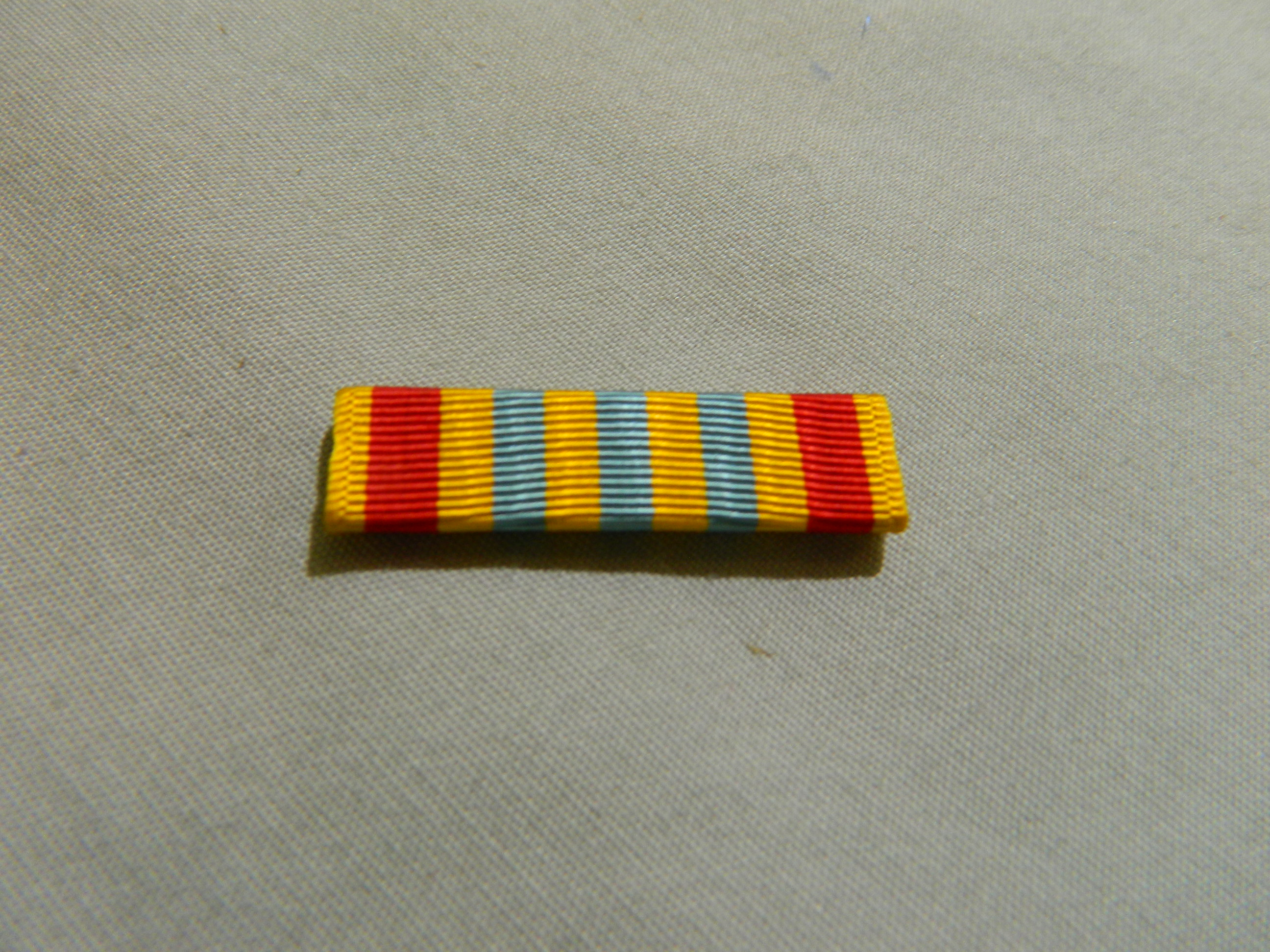 Ribbon: Vietnam Armed Forces Honor Medal